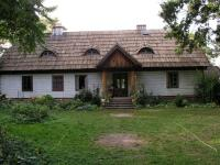Wooden manor in Badowo-Mściska